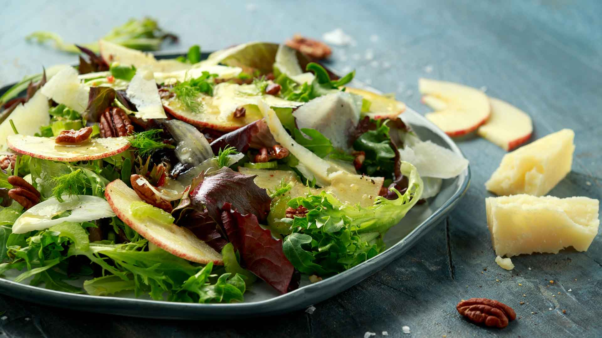Apple Pecan Spring Salad Recipe with Dressing